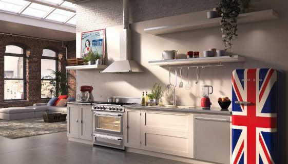 "Introducing SMEG's chef-inspired Victoria TR90U 36"" ranges and KT90U ventilation hoods"