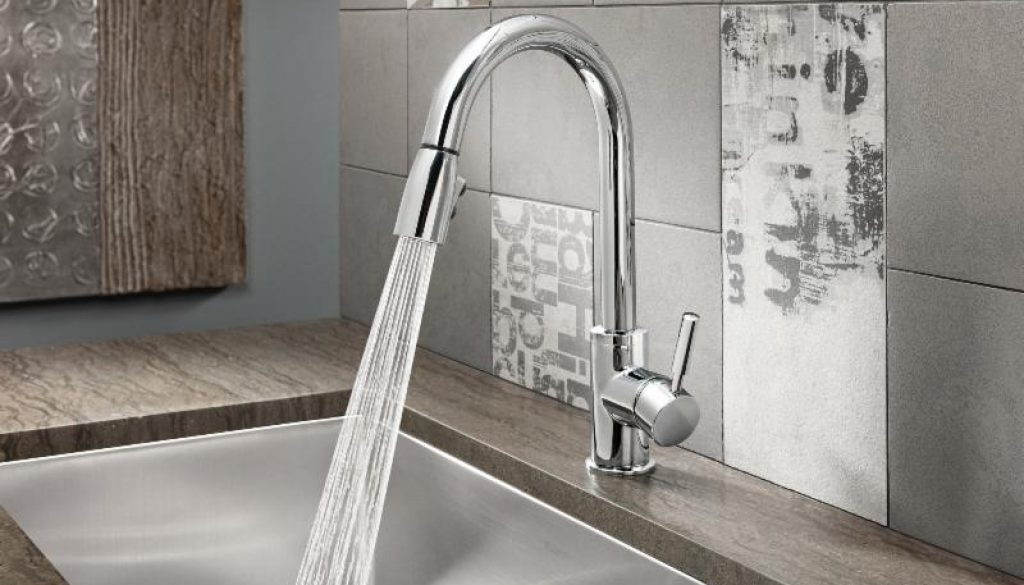 The new BLANCO SONOMA™ pull-down faucet turns enduring style and lasting value into the perfect cutting-edge design accessory.